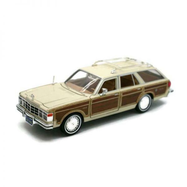 Motormax 73331 Chrysler Le Baron Town & Country beige Maßstab 1:24